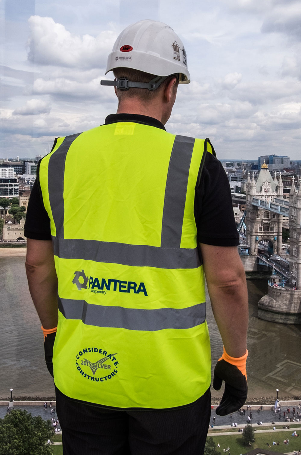 Image of a Pantera Wardrobes health and safety consultant on site